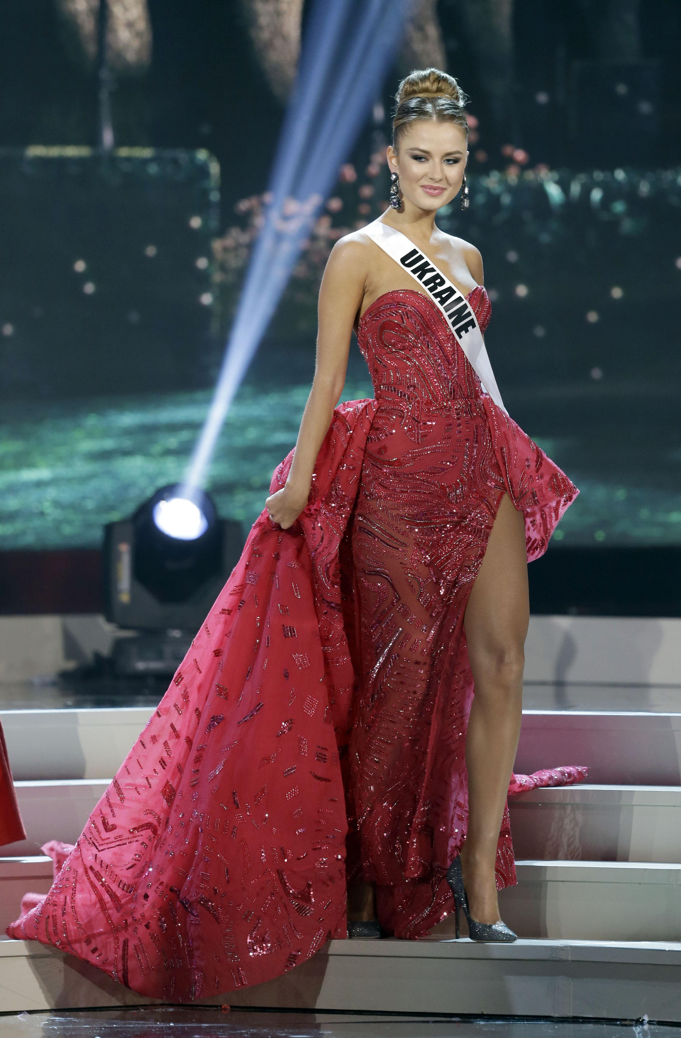 Диана Гаркуша в финале конкурса Мисс Вселенная 2014