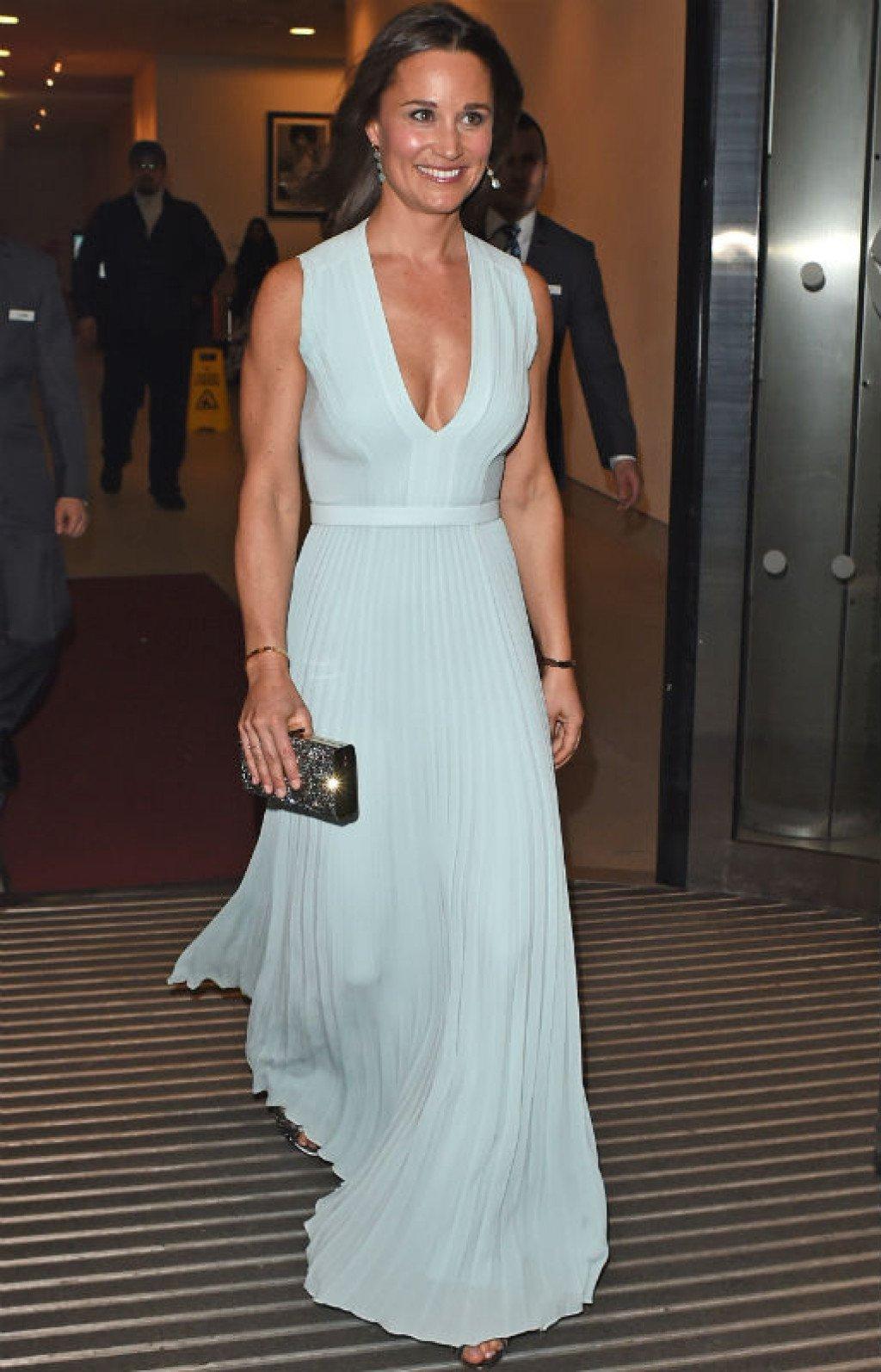 Пиппа Миддлтон щеголяла в платье за 750 фунтов стерлингов