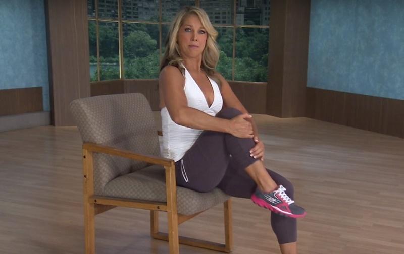 Худеем сидя: Упражнения для плоского живота