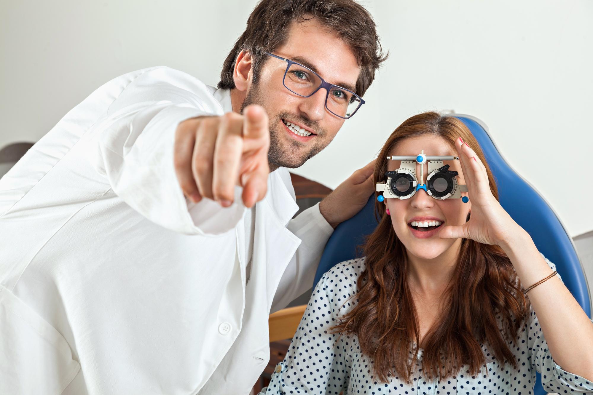 Симптомы, когда стоит обратиться к офтальмологу