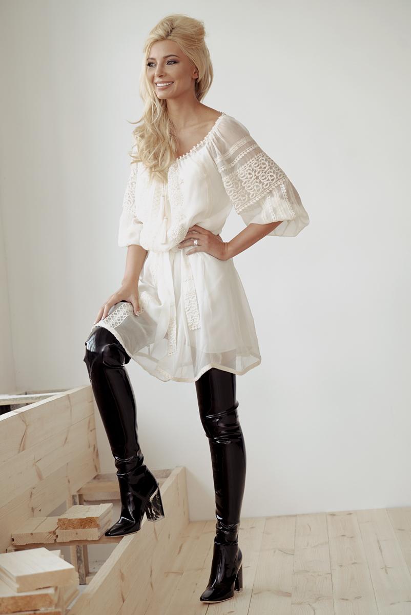 Победительница Мисс Украина Вселенная 2015 Анна Вергельская