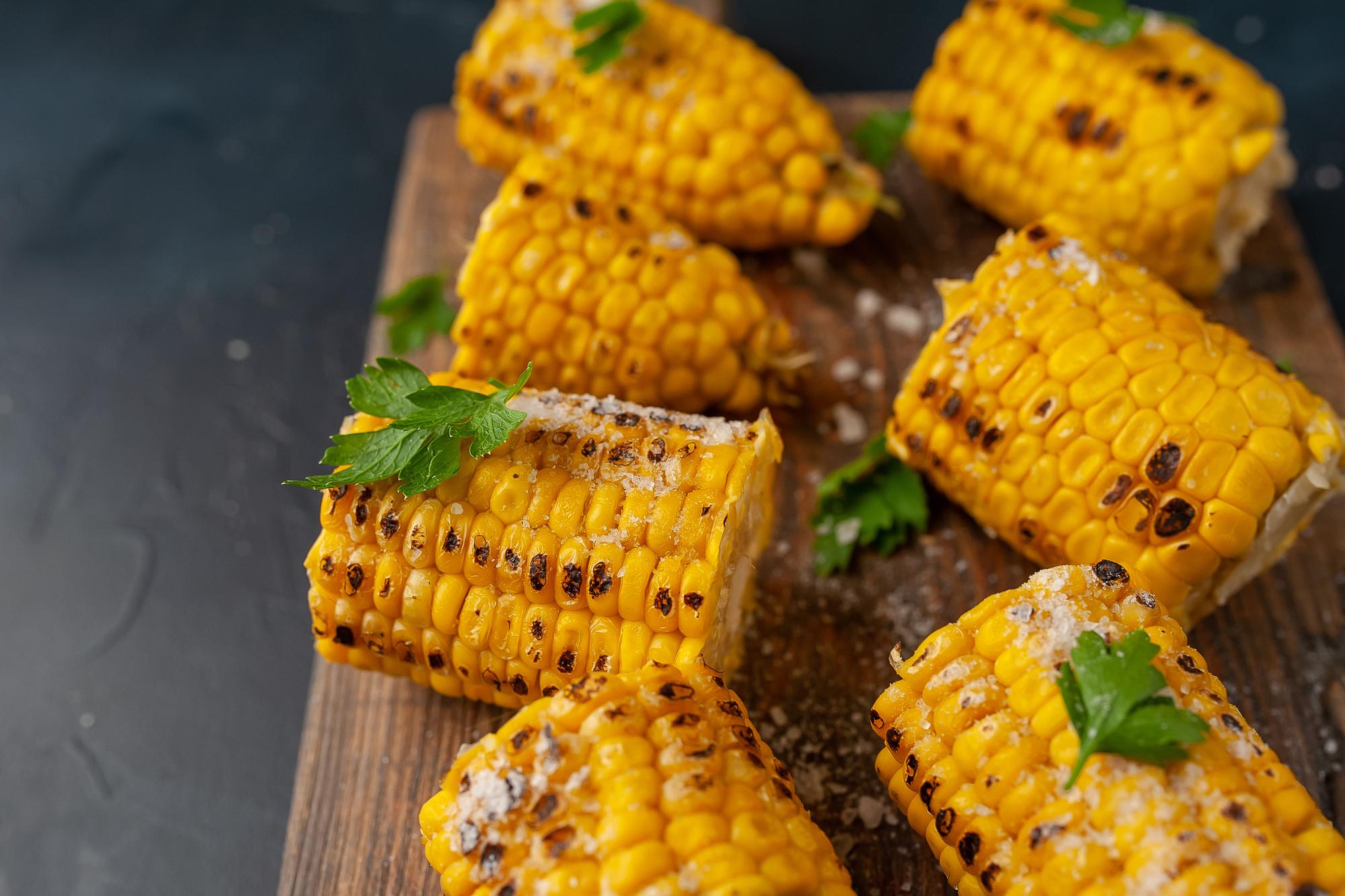 Кукуруза в духовке: рецепт от Евгения Клопотенко