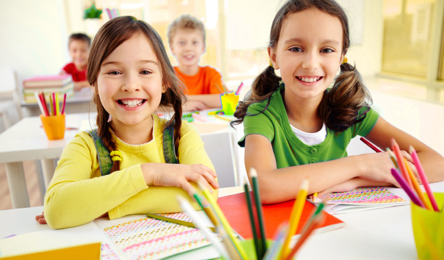 Дети, которые одновременно учат два языка, умеют с легкостью переключать свое внимание с одного предмета на другой