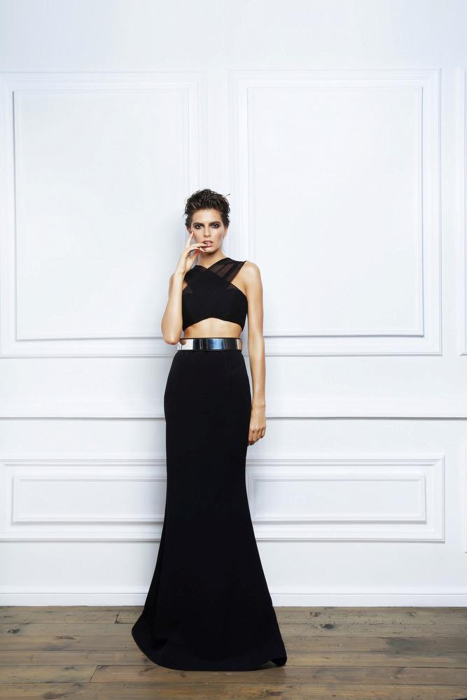 17-летнюю модель из Чечни осудили за участие в рекламе хиджабов Dolce&Gabbana