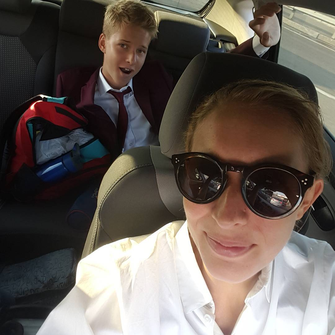 Катя Осадчая отвела сына на первый звонок
