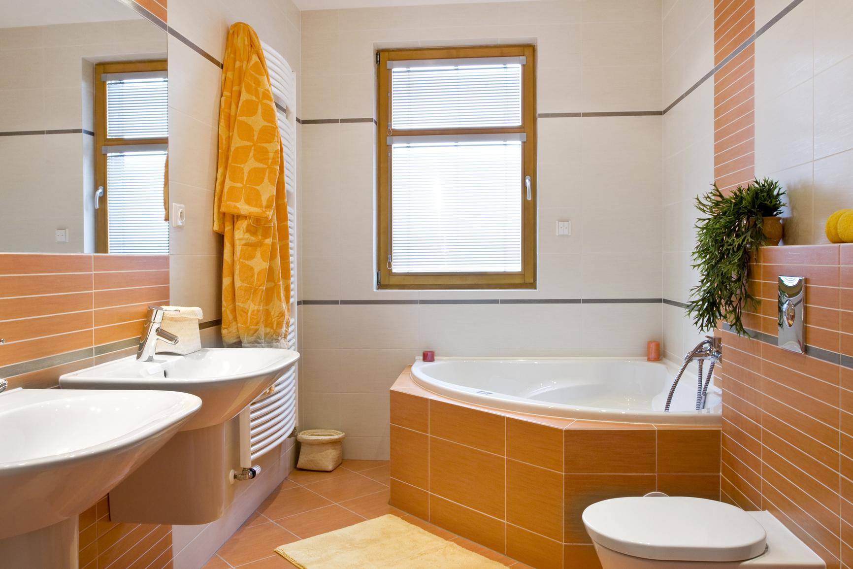 Дизайн ванных комнат и с ванной и с душевыми кабинами