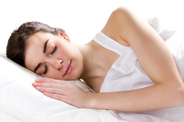 Что будет с телом, если спать без одежды