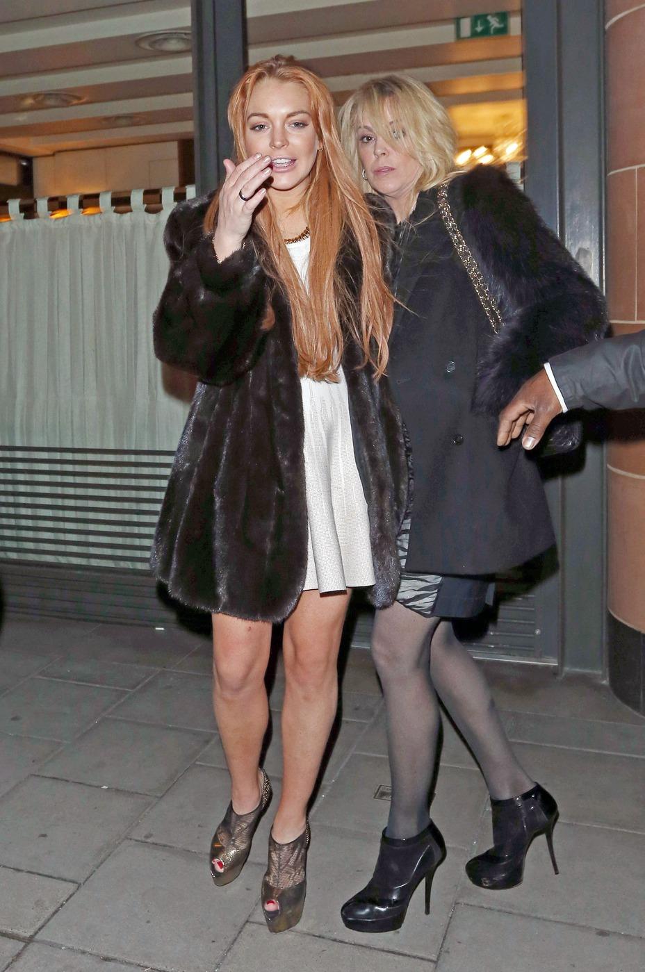 Линдси Лохан с мамой