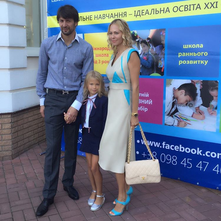 Ольга Аленова с мужем Александр Шовковским и дочкой Александрой
