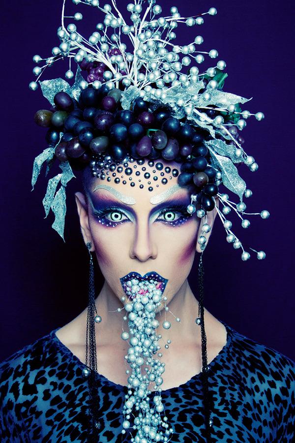 Фантастический макияж от Райана Берка