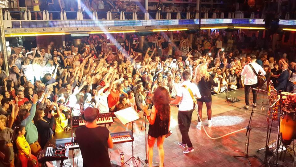 Ирина Билык собрала аншлаг на концерте в Одессе