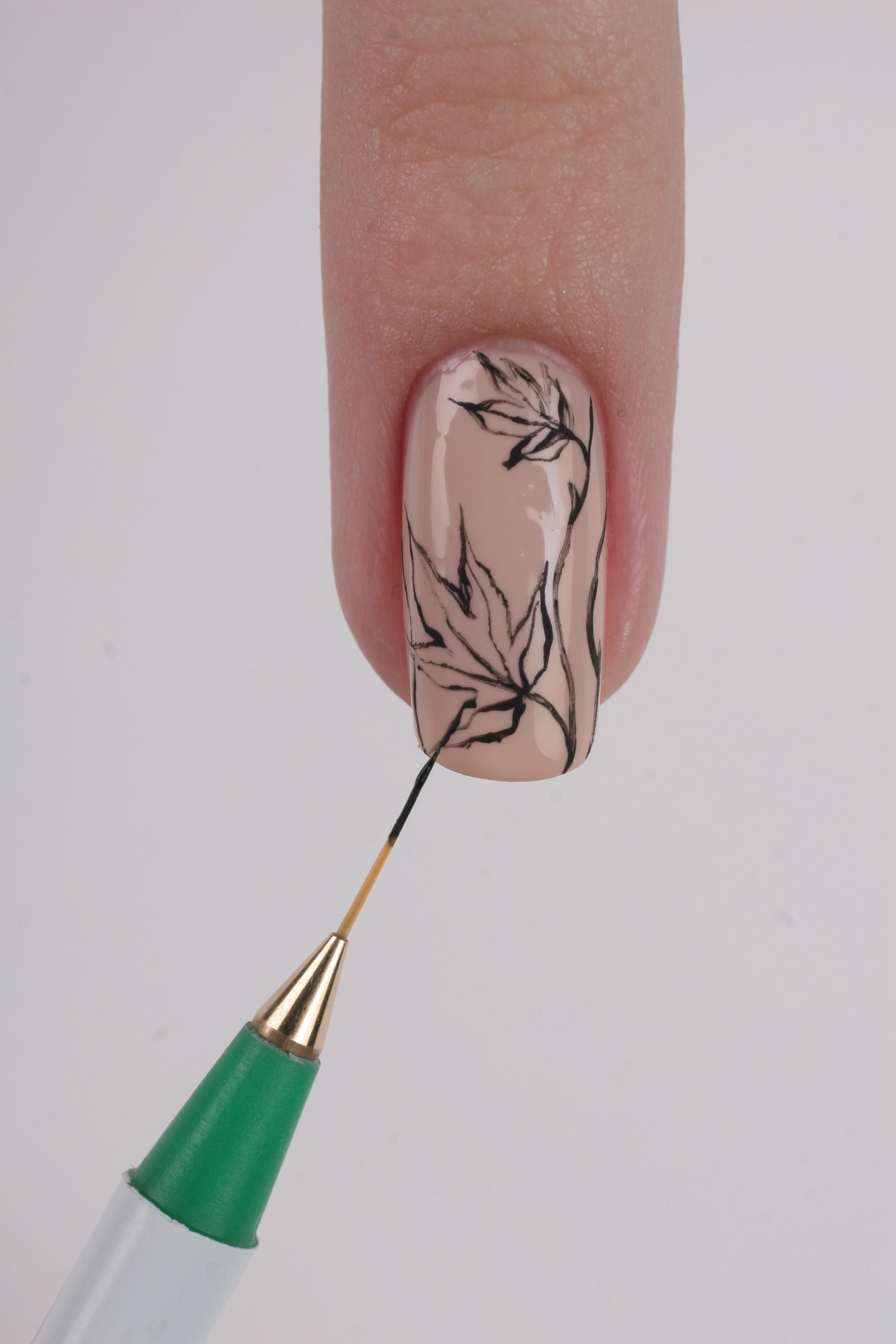 Дизайн ногтей тонкой кистью фото