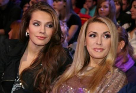Ольга Сумская со старшей дочкой Антониной Паперной