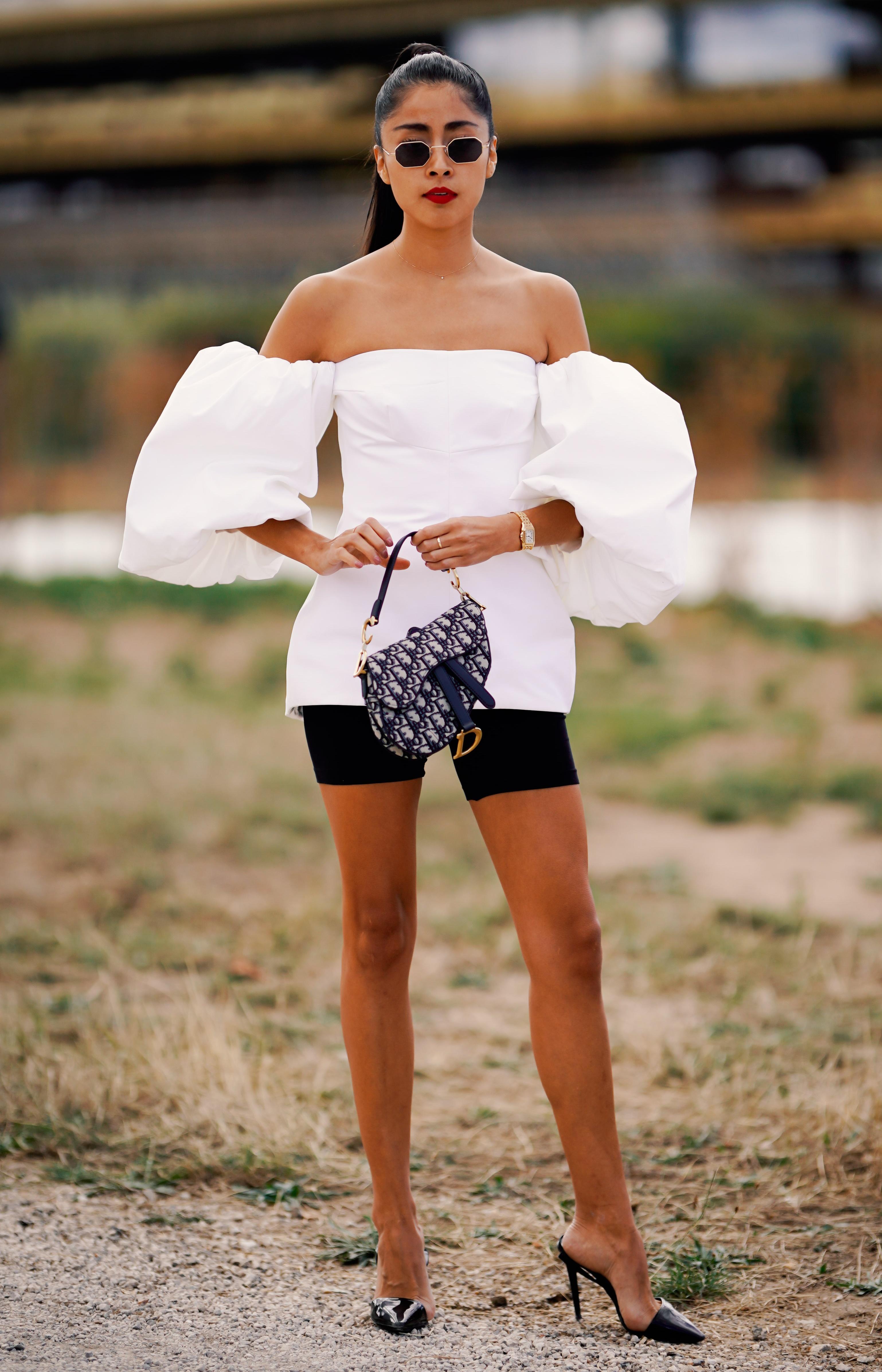 Женская одежда, которая нравится мужчинам: Голые плечи