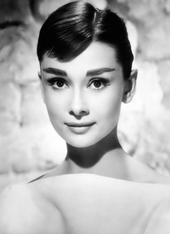 Знаменитая актриса Одри Хепберн
