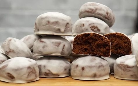 Мягкие шоколадные пряники на кефире к 8 Марта