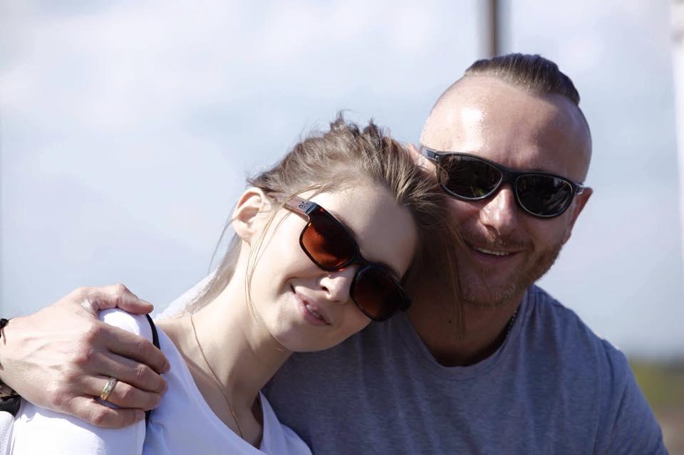 Рэпер Ларсон с женой Мариной