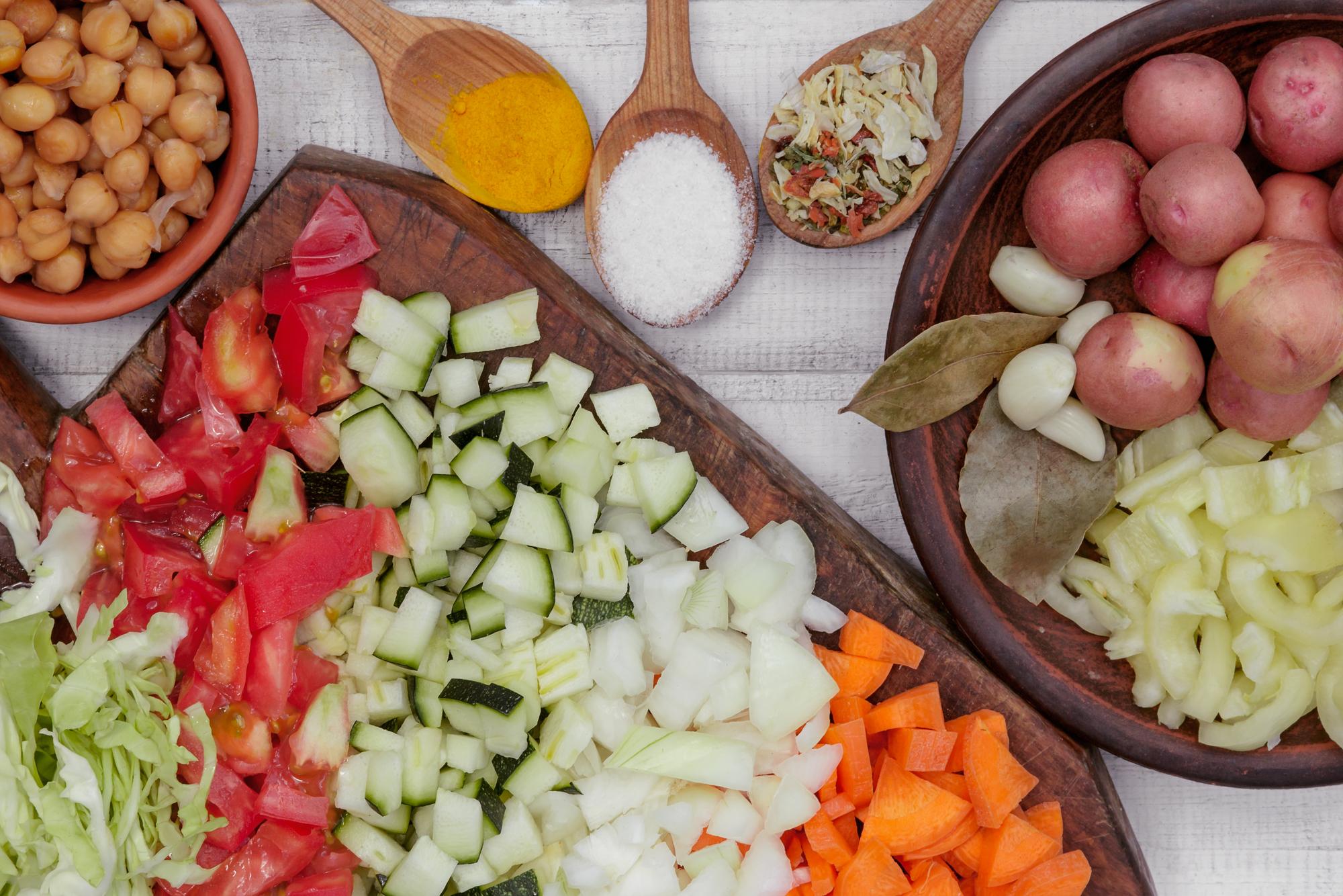 Овощное рагу с капустой на зиму: рецепт без стерилизации