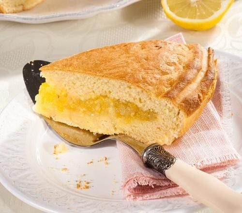 Десерт дня: лимонный пирог на кефире