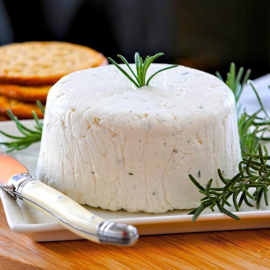 можно есть адыгейский сыр при повышенном холестерине
