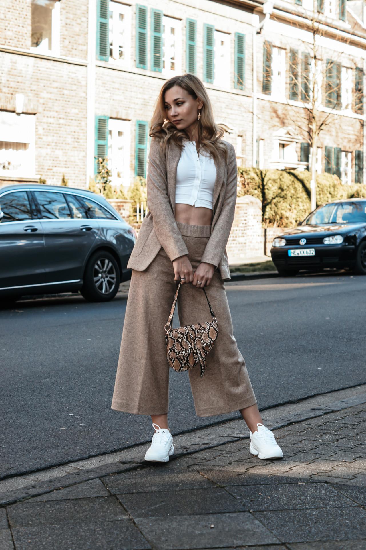 Как одеваются жительниц самых модных городов мира: Стокгольм