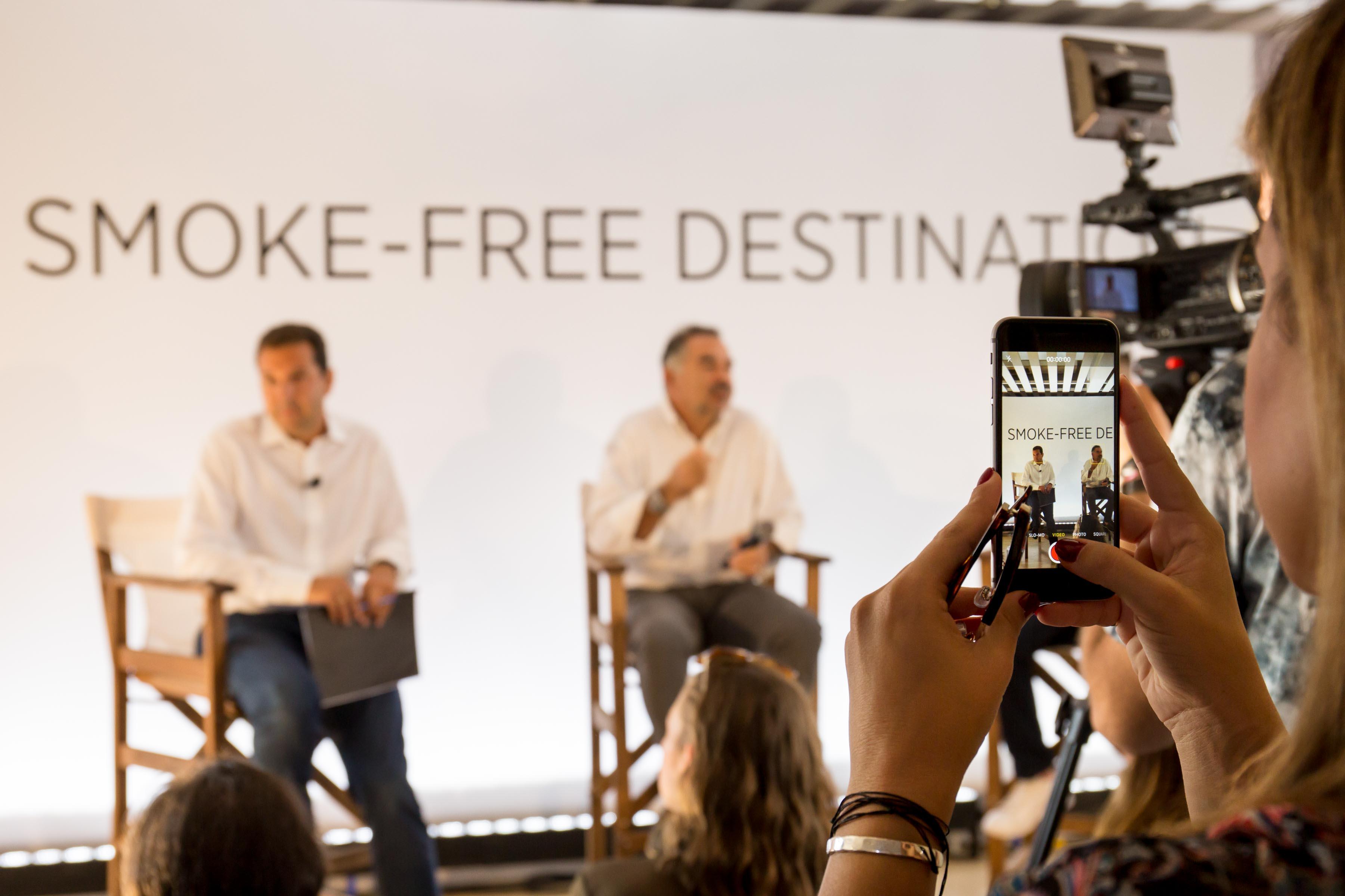 Представители местного муниципалитета рассказали об инициативе Smoke free