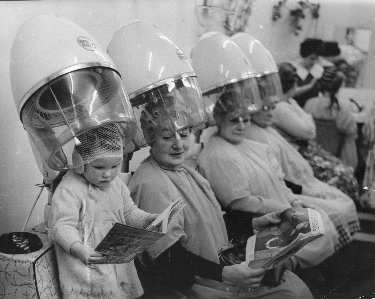 Клиентами салонов красоты были и дети, и бабушки