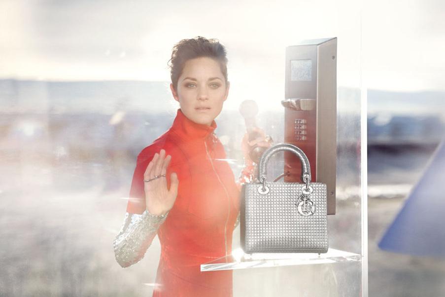 Марион Котийяр в рекламе сумок от Dior