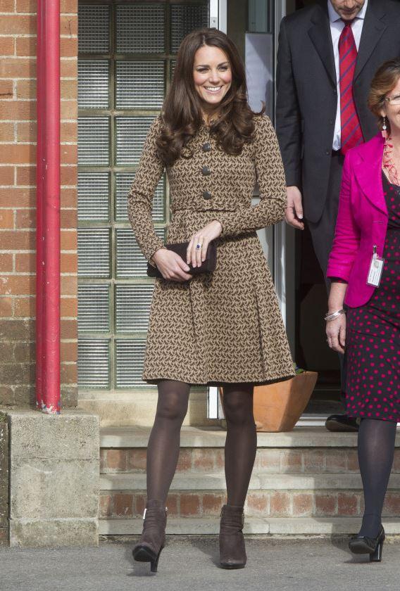 Кейт Миддлтон в том же пальто в 2011 году