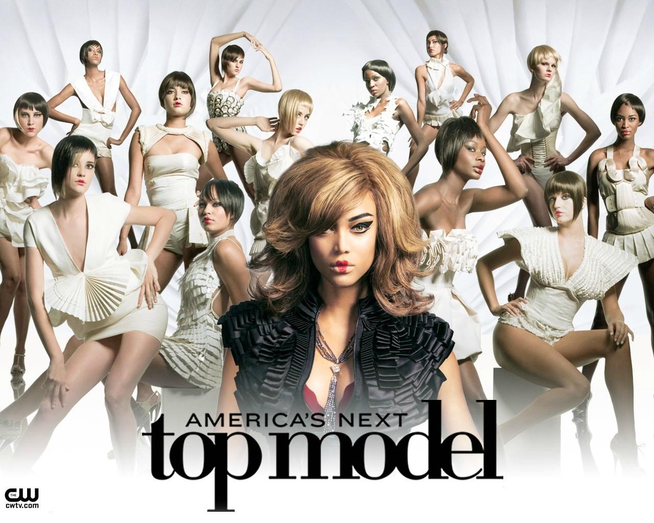Тайра Бэнкс в рекламе своего шоу Топ-модель по-американски