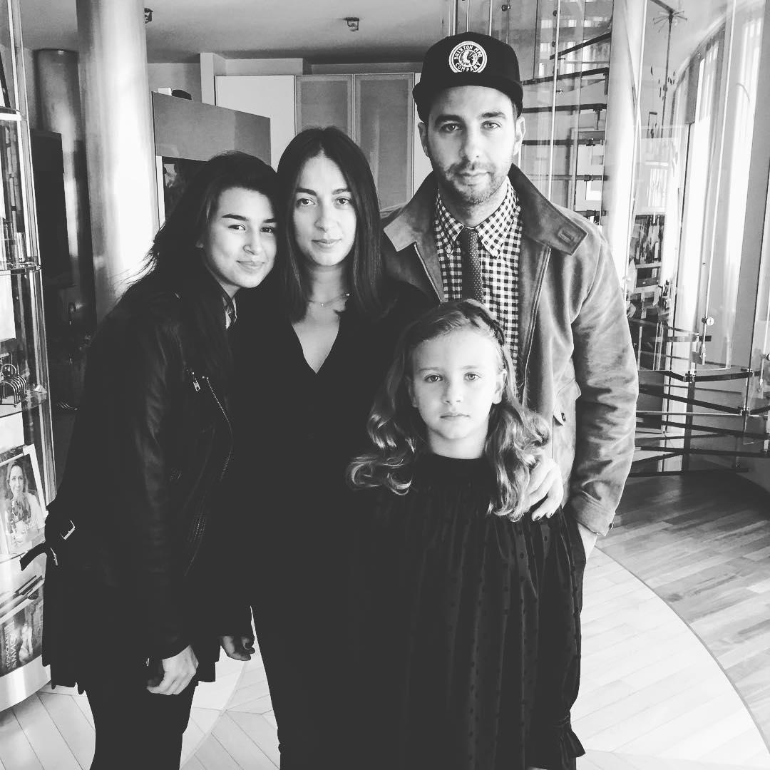 Иван Ургант со своей семьей