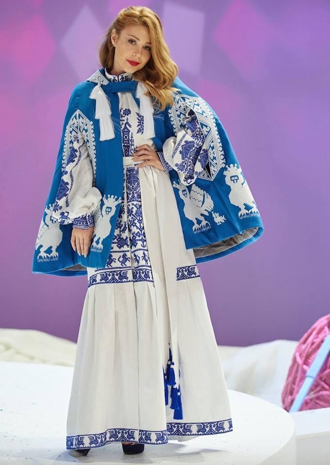 Тина Кароль в платье от Юлии Магдыч