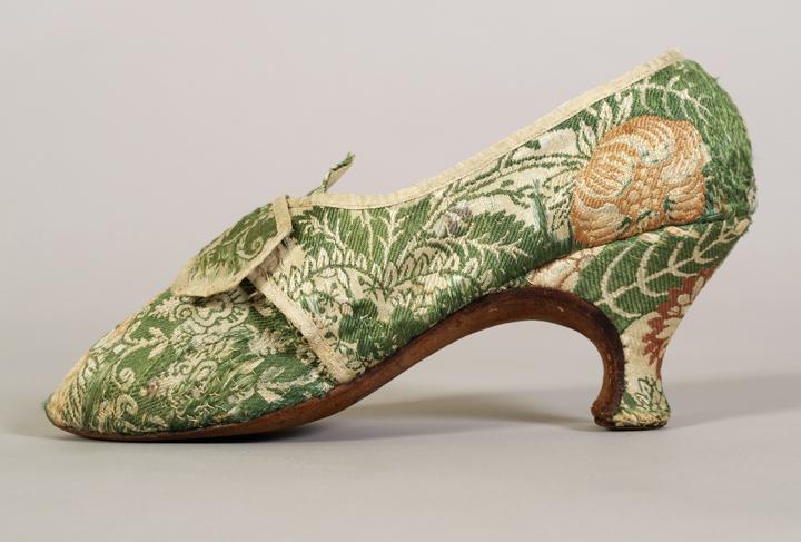 Зеленые с персиковым парчевые туфли (Англия, 1780 г.)