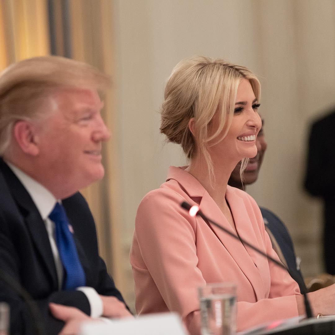 Дочь Трампа пришла на Генассамблею ООН без бюстгальтера - Сеть негодует