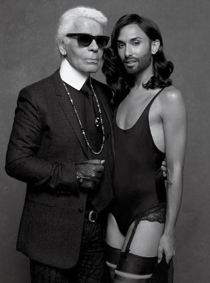 Создатель фотосессии Карл Лагерфельд со своей новой музой Кончитой Вурст