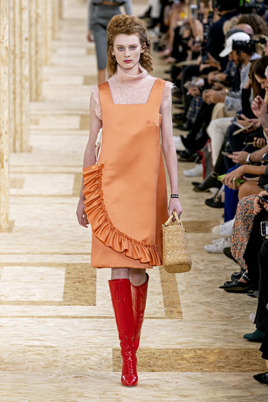 Главные тренды на весну 2020: Платье с оборками