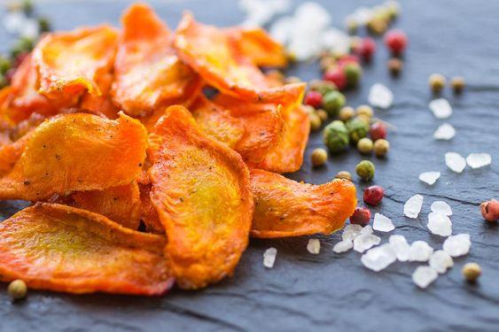 Ульяна Супрун рассказала правду про добавку, которую добавляют в чипсы