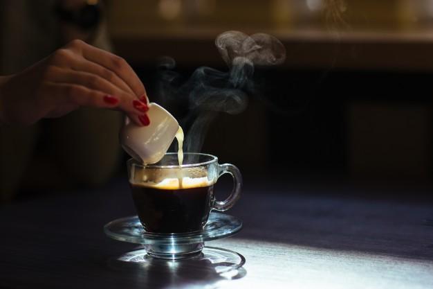Остывший кофе со сливками вредит здоровью