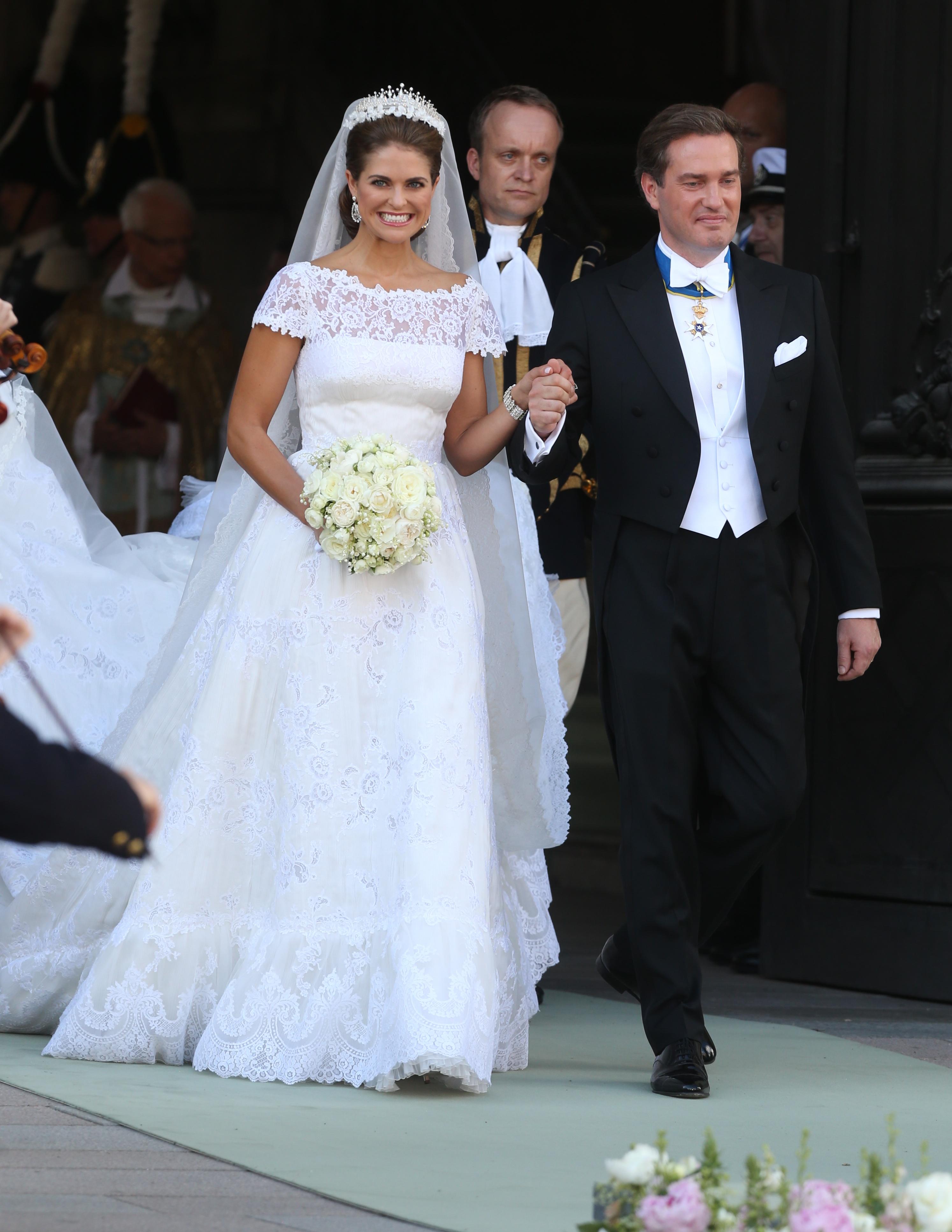 Шведская принцесса Мадлен и американский банкир Кристофер О'Нил поженились 8 июня в Стокгольме