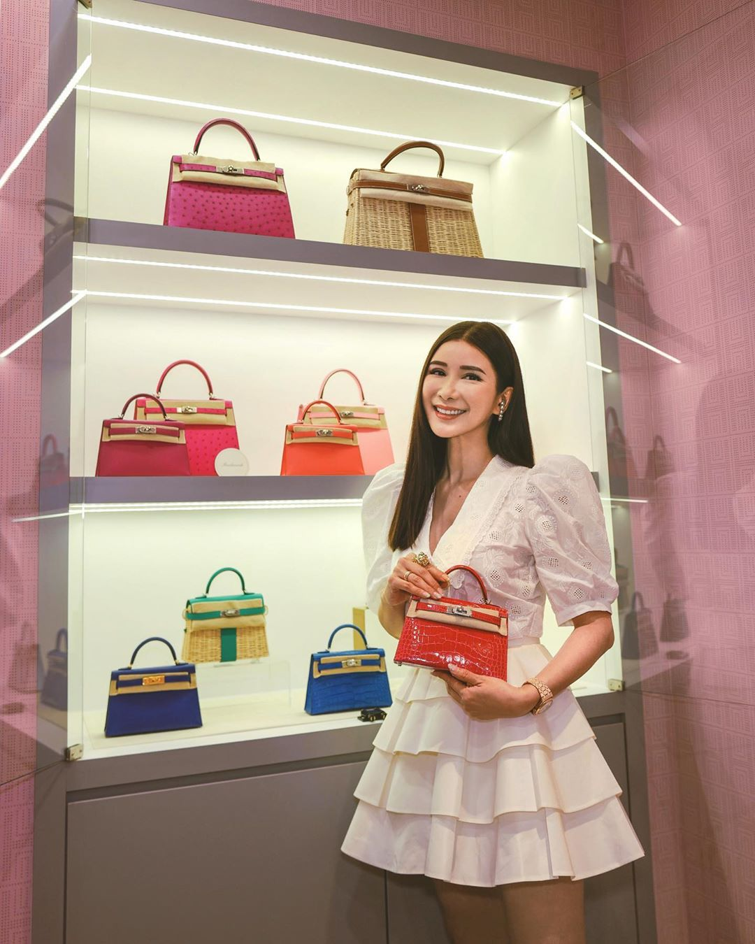 Джейми Чуа скупила сумки на 2 миллиона долларов