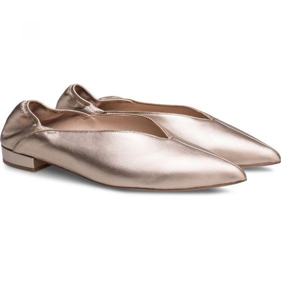 Они вернулись: 7 модных пар балеток на весну