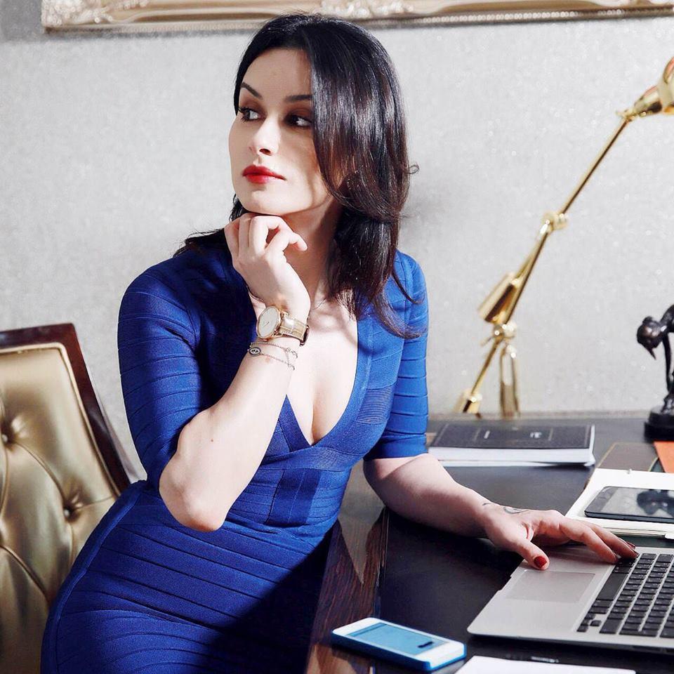 Пэрис хилтон – богиня домашнего цифрового порно