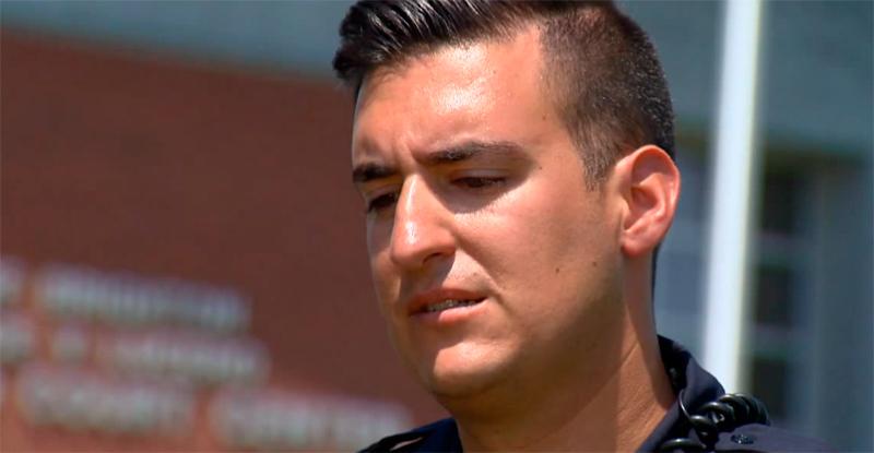 Поступок этого полицейского трогает до слез