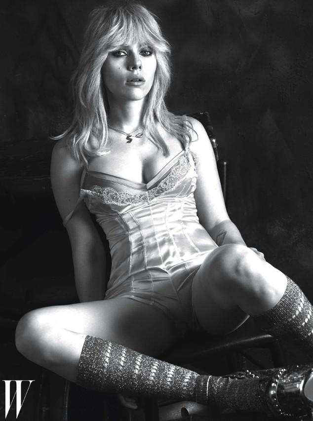 Актриса Скарлетт Йоханссон позировала в белье от известных брендов