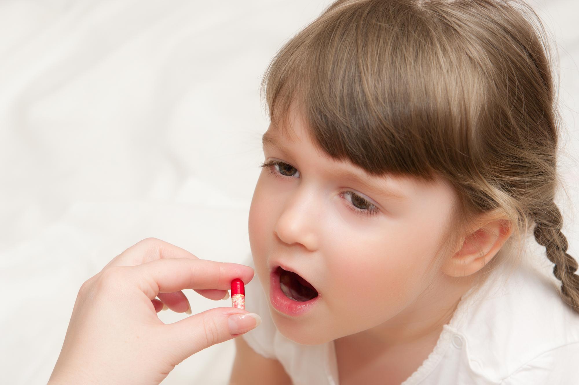 Совместимы ли антибиотики с другими препаратами: отвечает Комаровский