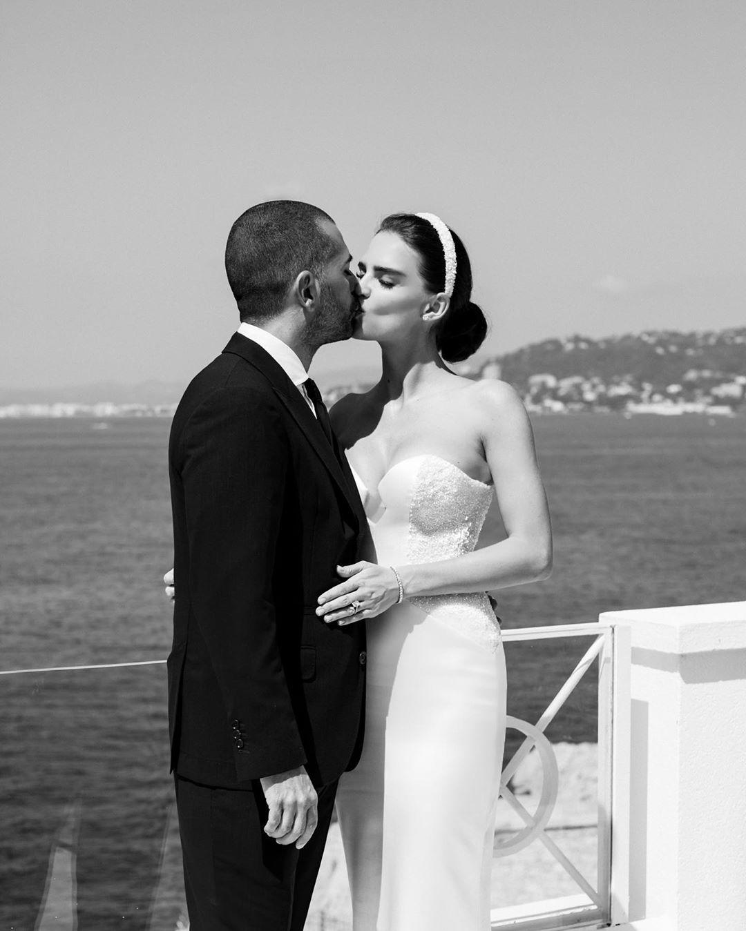 Мисс Украина Вселенная вышла замуж в Каннах: Фото роскошного торжества