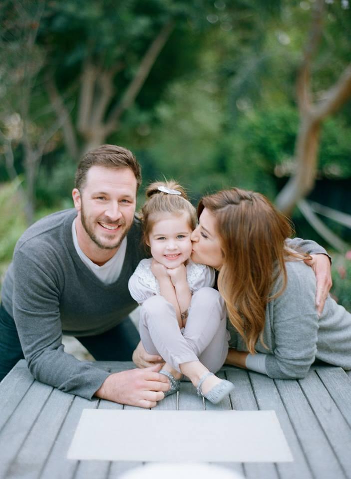 Тиффани-Амбер Тиссен вместе с мужем и дочкой