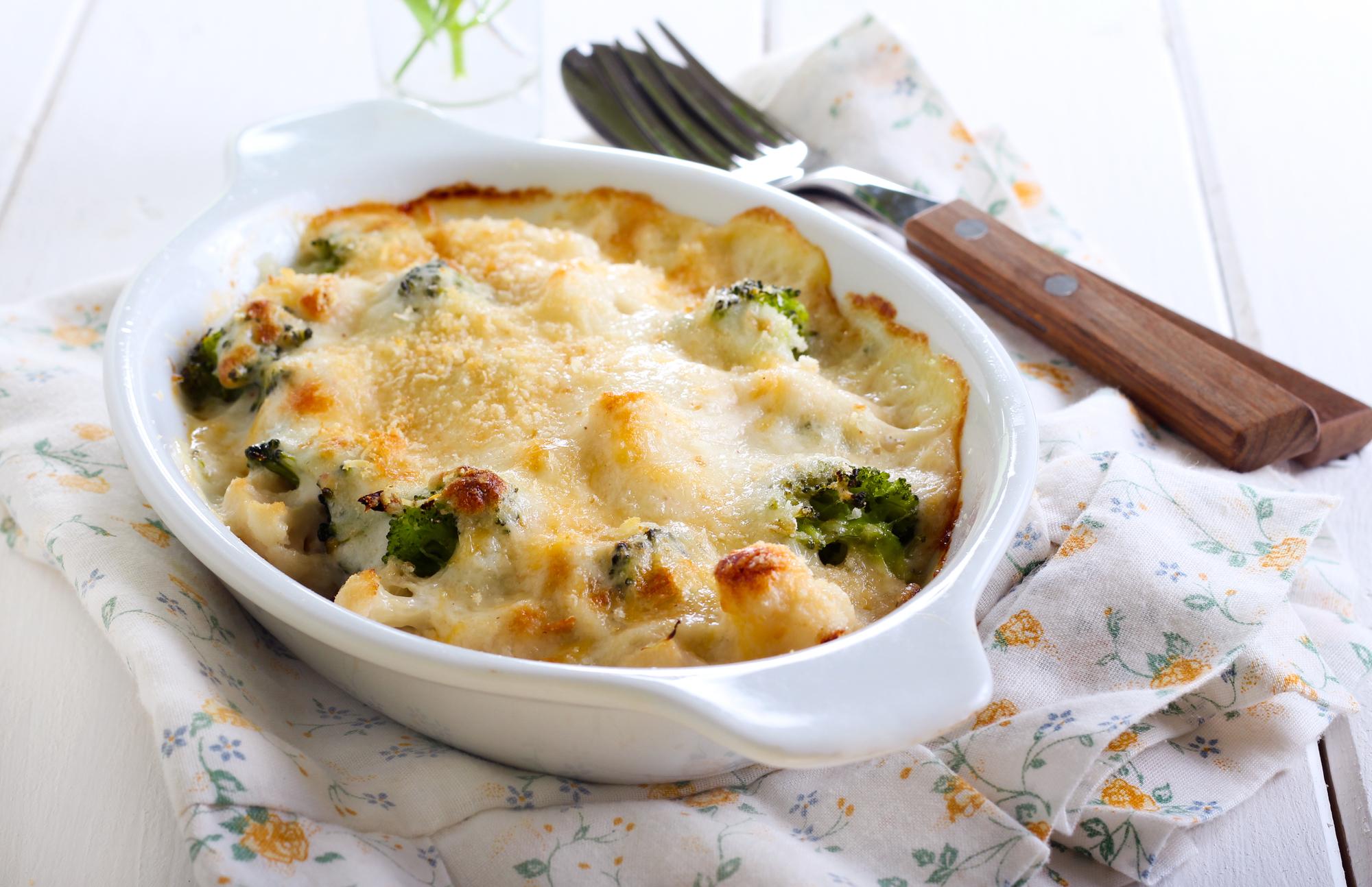Диетическое меню: 4 капусты под сырным соусом