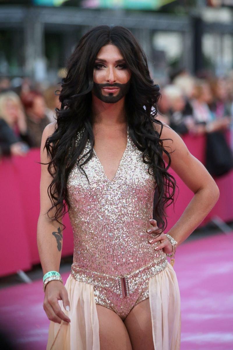 Народ! известные транссексуалы россии