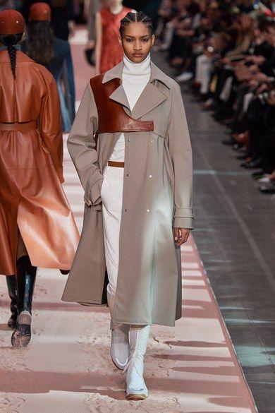 ТОП-8 вариантов трендовой верхней одежды, которая стильно согреет вас этой осенью